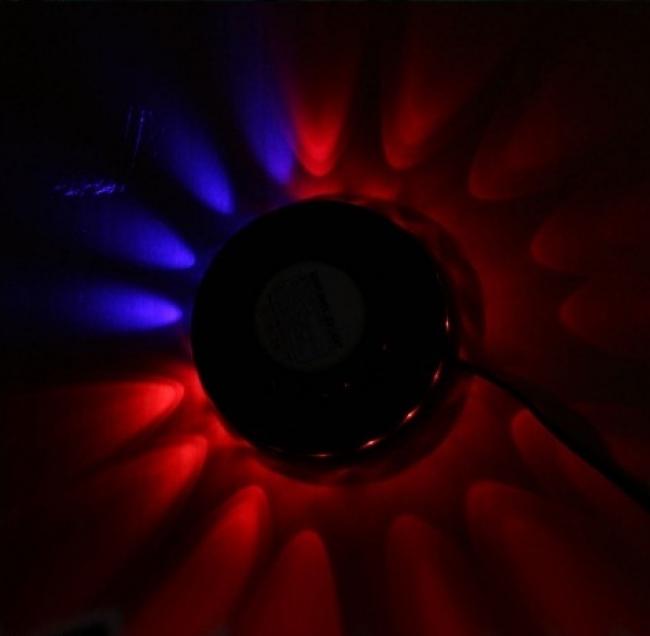 Портативен многоцветен музикален диско лазер