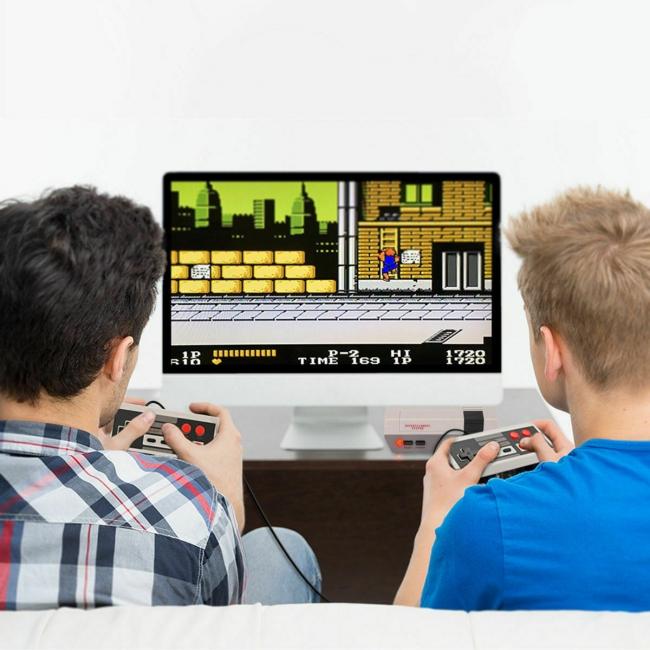 Ретро видео игра с 2 джойстика